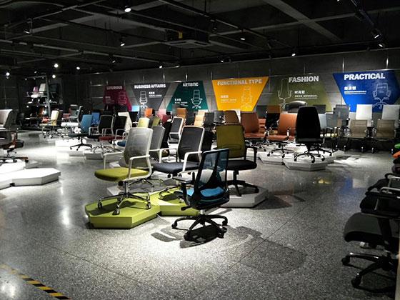 Showroom ghế văn phòng 1168