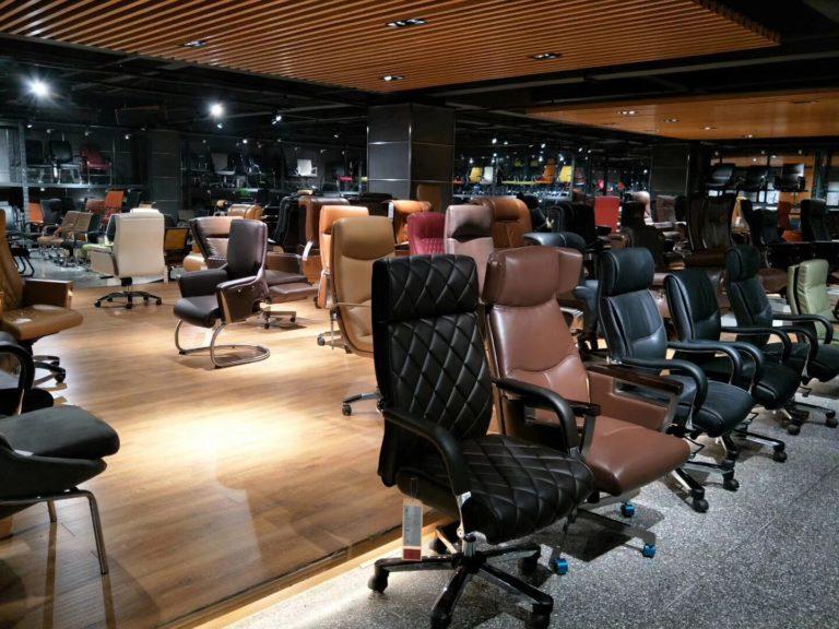 Showroom ghế văn phòng B207