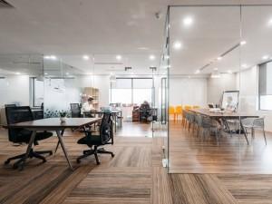 Giá thành sửa chữa nội thất phòng họp