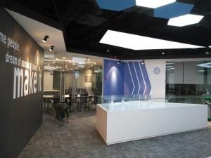 Mẫu nội thất văn phòng 600m2 GOLDEN NET
