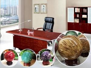 Một số đồ vật trang trí phong thủy để bàn làm việc